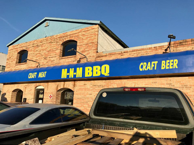 mnmbbq front of restaurant